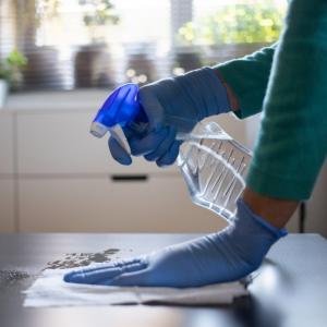 GUIA DE ISOLAMENTO DOMICILIAR: Saiba como preparar a sua casa para conviver com pacientes infectados por Coronavírus ou com suspeita da doença