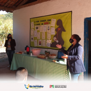 Secretária de Educação se reúne com servidores e mães de alunos na comunidade do Ribeirão de Contendas